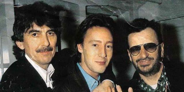 Ringo jerks off